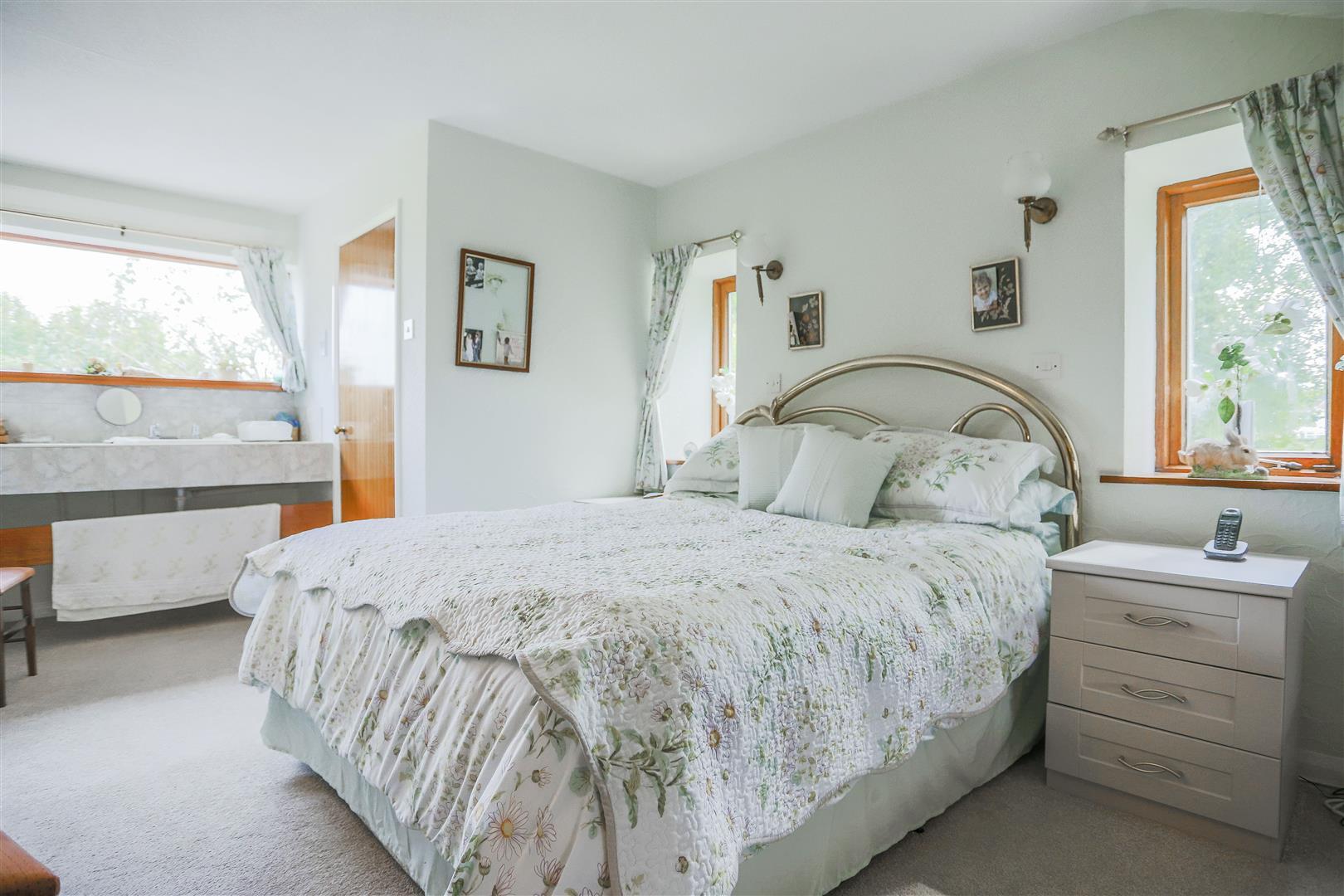 5 Bedroom Farmhouse For Sale - 26.JPG